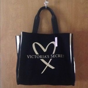 VICTORIAS SECRET Large Gold Heart Logo Tote.NWT